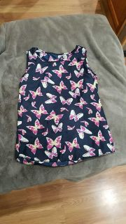 Size M Sleeveless Butterfly Blouse