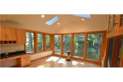 Beautiful Home in Pompey Pines, wooded corner lot with lots of privacy.