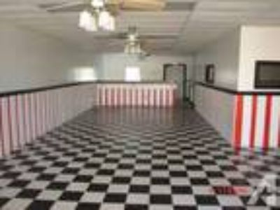 2500ft - Commercial/Medical/Retail/Office/Restaurant (North Fla