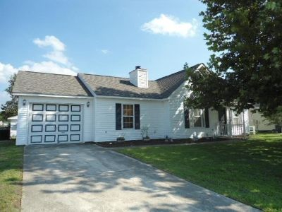 For Rent: 122 Horse Shoe Bend