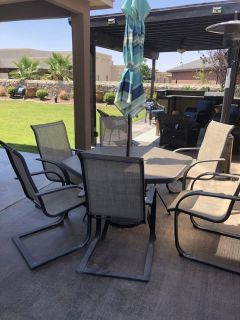 Outdoor Dinette Table