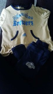 24 months Brewers outfit tshirt and leggings