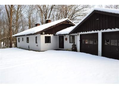 2 Bed 1.5 Bath Foreclosure Property in Woodstock, VT 05091 - Iver Johnson Way