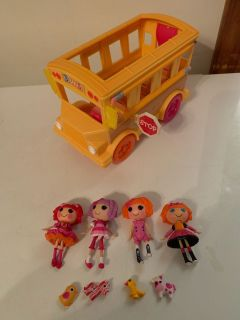Lalaloopsy bus with dolls