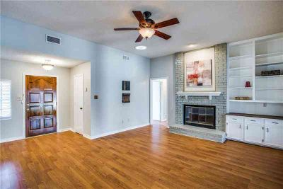1013 Gageway Drive MESQUITE, A charming updated Three BR