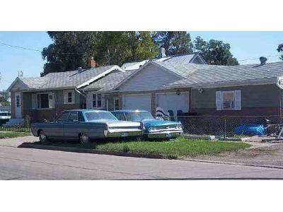 2 Bed 1 Bath Foreclosure Property in Mandan, ND 58554 - 3rd St SW