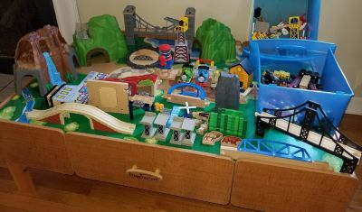 Imaginarium Train table with TONS of track, accessories including Thomas items
