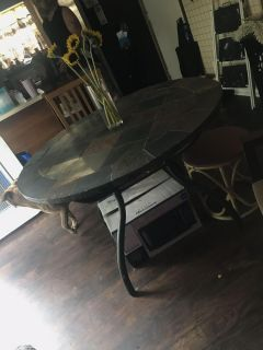 Bakers rack & dinning table