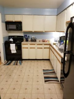 3 Bdrm/2 bath Apartment-6-1 to 8-1, Evanston, IL