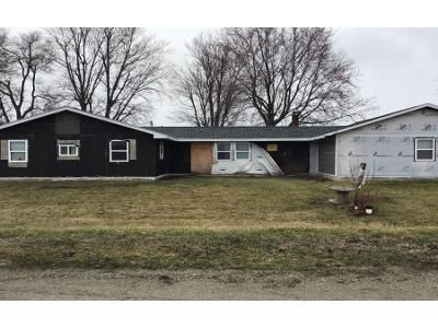 3 Bed 2 Bath Preforeclosure Property in Bussey, IA 50044 - 330th St