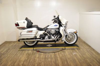 2006 Harley-Davidson Ultra Classic Electra Glide Touring Motorcycles Wauconda, IL