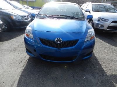 2010 Toyota Yaris Base (Blue)