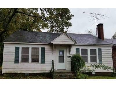 3 Bed 1 Bath Foreclosure Property in Hot Springs National Park, AR 71913 - South Ave