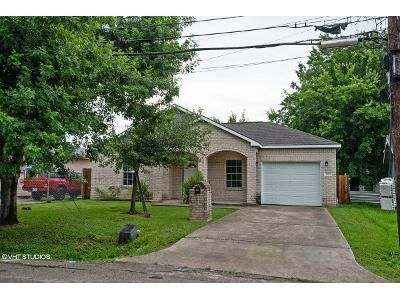 3 Bed 2 Bath Foreclosure Property in Houston, TX 77020 - Palestine St