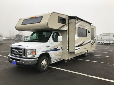 2016 Coachmen Leprechaun 260Q with slide