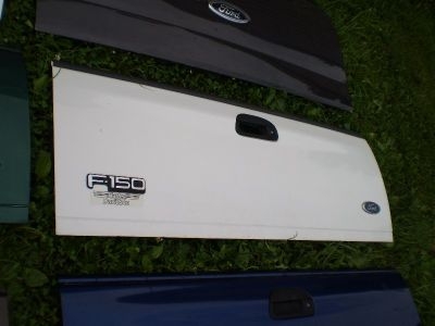 F150 97-03 FORD TAILGATE TRUCK OEM F250 F350 RARE 97 98 99 00 01 02 03 will ship usps worldwide solid tailgate
