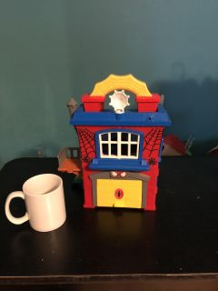 Spider man play house