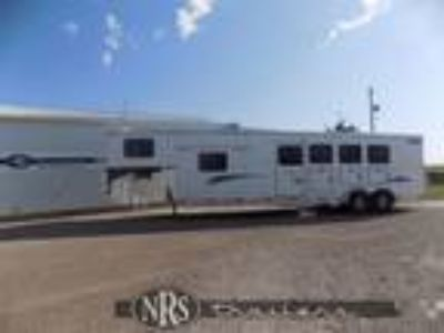 2018 Shadow 4 Horse 10 6 Living Quarters Trailer with Slide Ou 4 horses