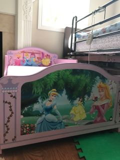 Disney Princess Bed (Mattress included)
