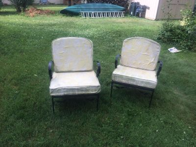 Vintage Outdoor Metal Chairs - project pieces