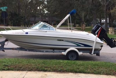 1999 Sea Ray 180 Bowrider