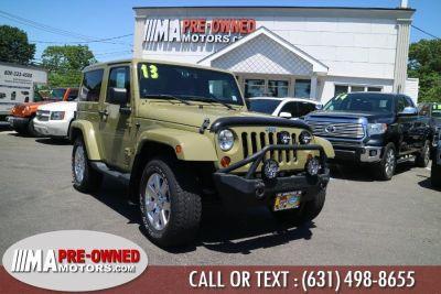 2013 Jeep Wrangler Sahara (Commando Green)