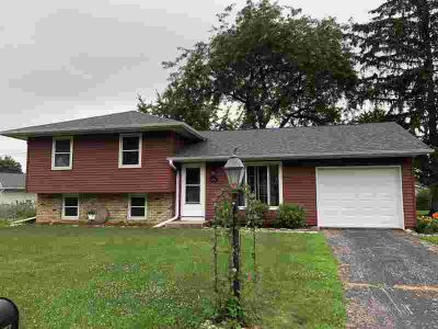 414 11th AVE S Onalaska Three BR, Here is that hard to find home