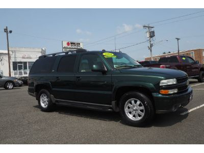 2004 Chevrolet Suburban 1500 LS (Dark Green Metallic)