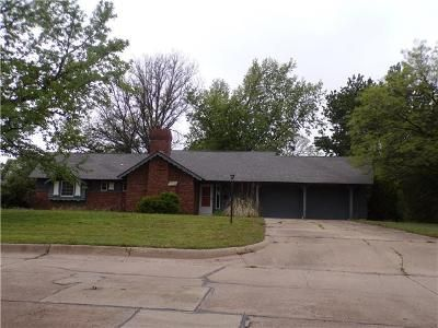 3 Bed 2 Bath Foreclosure Property in Wellington, KS 67152 - Morningside Dr