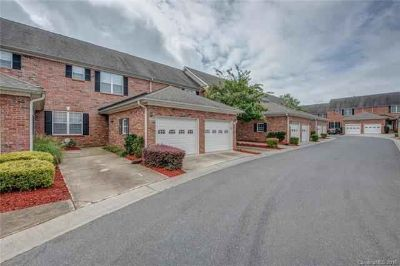 2426 Madeline Meadow Drive CHARLOTTE Two BR, This 2 story condo