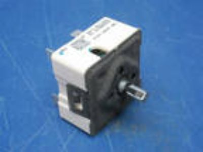Robertshaw Push-to-Turn 240V Infinite Control Switch