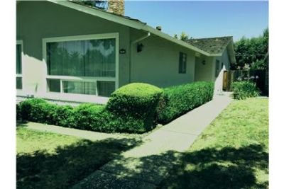 3BR/2BA duplex unit MV/Los Altos border