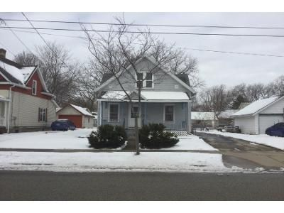 3 Bed 1 Bath Preforeclosure Property in Appleton, WI 54914 - S Story St