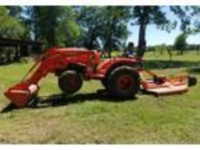 2017 Kubota L3301-Tractor Equipment in Tomball, TX