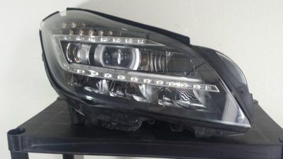 Purchase OEM Mercedes 12-13 CLS550 CLS63 Right Passenger XENON LED Headlight 2188209261 motorcycle in Dallas, Texas, US, for US $750.00