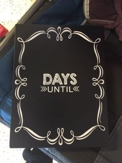 Small chalk countdown sign