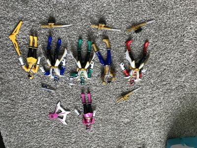 Power ranger set with moving parts