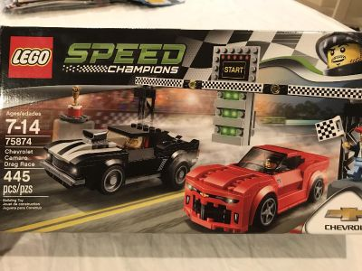 LEGO Speed Champions set - includes all pieces, minifigures, box and instruction books
