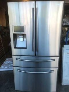 Samsung 28 cf. Stainless French Door Wi-Fi Enabled Refrigerator