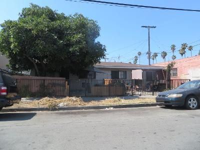 4 Bed 2 Bath Preforeclosure Property in Long Beach, CA 90806 - E 21st St