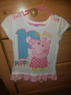 Peppa pig size 3 Tunic top. Easily fits a size 4... Excellent condition. $3