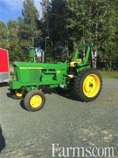 1972 John Deere 4000 tractor for sale in Saint Leonard Aston, Quebec, Canada.