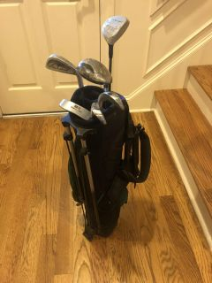 Youth golf clubs with bag