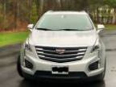 2017 Cadillac XT5 Luxury AWD 2017 Cadillac XT5 Luxury AWD - Well maintained.