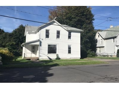 3 Bed 1 Bath Foreclosure Property in Auburn, NY 13021 - S Lewis St