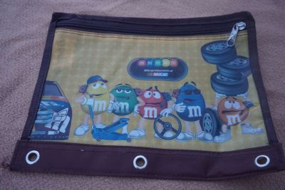 3 Ring Pencil Pouch ( M&M )