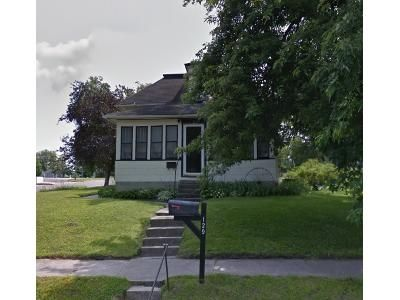 4 Bed 1 Bath Foreclosure Property in Le Sueur, MN 56058 - N 3rd St