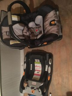 Chicco infant car seat and 2 bases