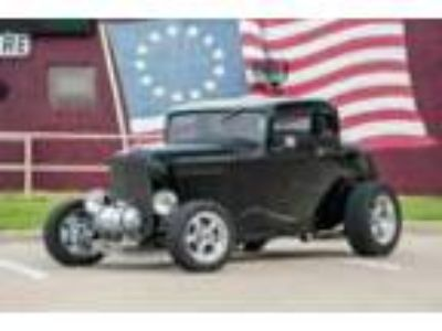 1932 Ford Coupe -- 1932 Ford 5-Window Coupe Black 302 Ford V8 Auto Must Read!
