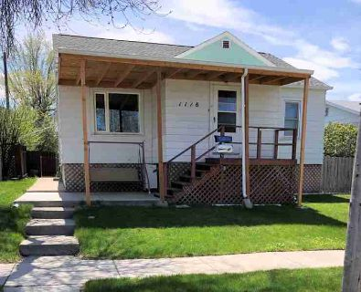 1118 5th Avenue South GREAT FALLS, Nice spacious older home